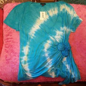 very pretty blue tie dye shirt